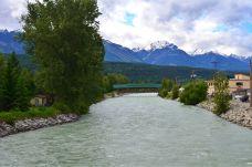 The Kickinghorse river
