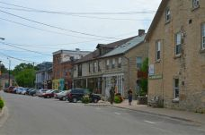 Downtown cute & quaint Elora