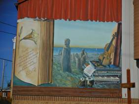 Alex's pictures of the murals of Saint-Flavie